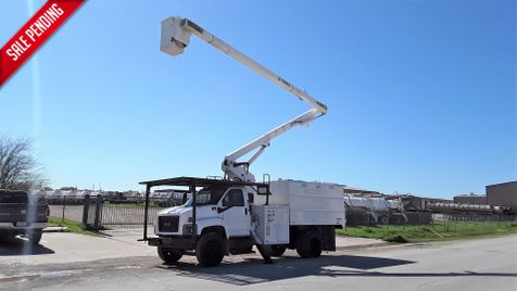 2009 GMC C7500 BUCKET FORESTRY in Fort Worth, TX