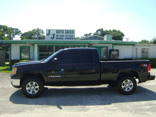 2009 GMC Sierra EXT CAB 4WD