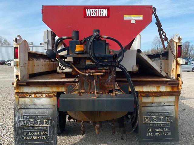 2009 GMC TC5500 in St. Louis, MO 63043