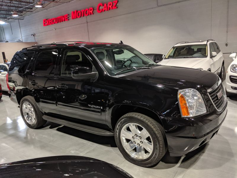 2009 GMC Yukon SLT w4SB  Lake Forest IL  Executive Motor Carz  in Lake Forest, IL
