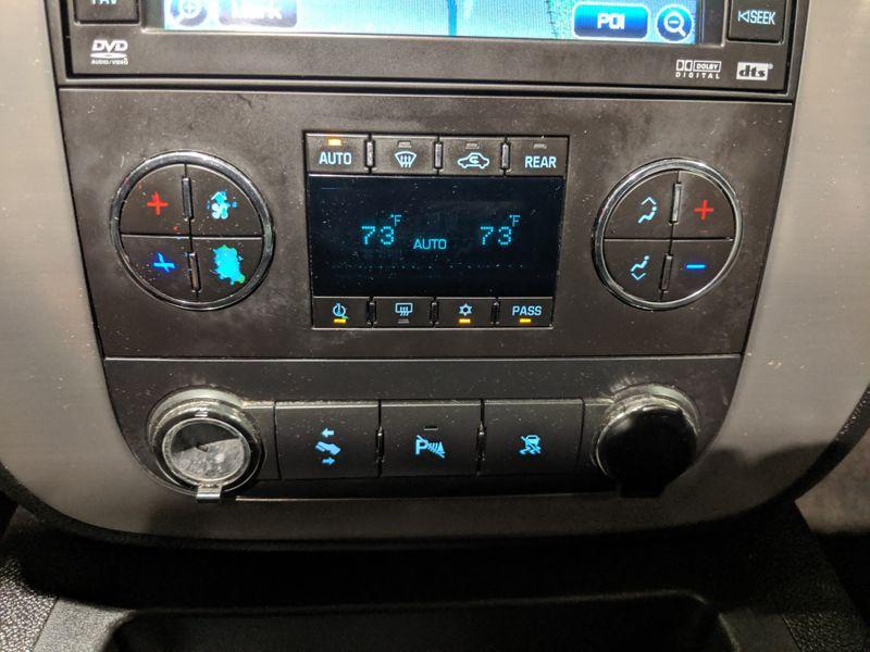 2009 GMC Yukon SLT w4SB  Lake Forest IL  Executive Motor Carz  in Lake Forest, IL