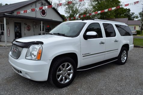2009 GMC Yukon XL Denali  in Mt. Carmel, IL
