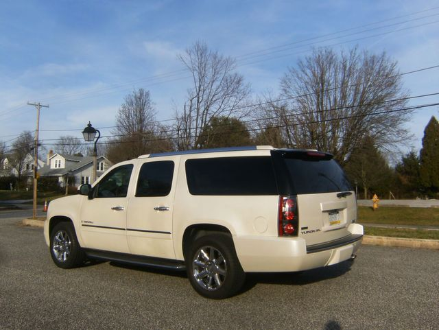 2009 GMC Yukon XL Denali in West Chester, PA 19382