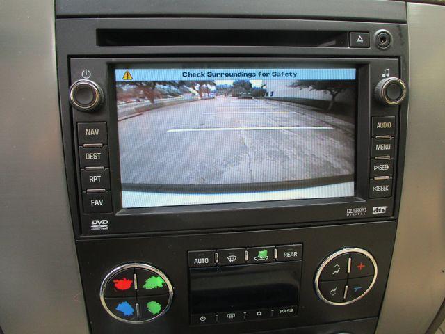 2009 GMC Yukon XL DVD Sunroof SLT w/4SB in Plano Texas, 75074