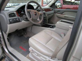 2009 GMC Yukon XL SLT w/4SA Houston, Mississippi 9