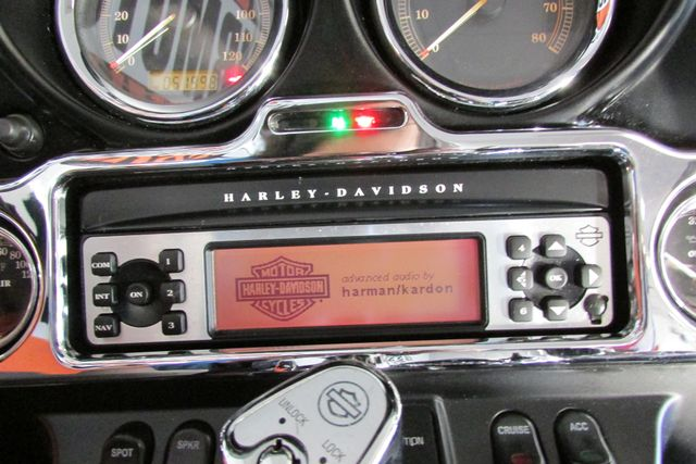 2009 Harley-Davidson Electra Glide® Ultra Classic® Arlington, Texas 32