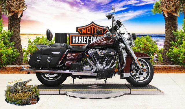 2009 Harley-Davidson® FLHRC - Road King® Classic