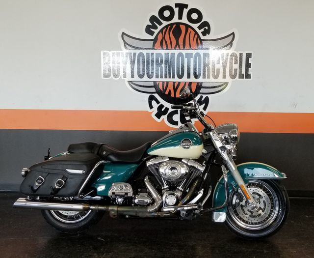 2009 Harley-Davidson Road King® Classic in Arlington, Texas 76010