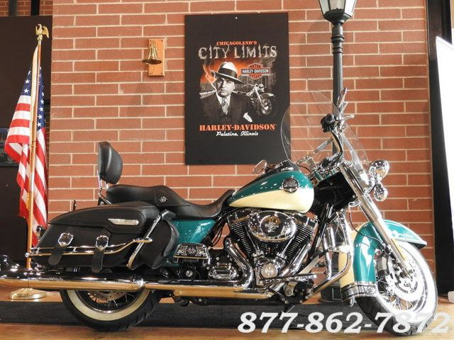 2009 Harley-Davidson ROAD KING CLASSIC FLHRC ROAD KING CLASSIC in Chicago, Illinois 60555