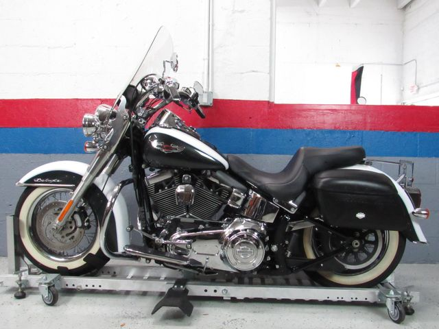 2009 Harley Davidson Softail Deluxe Lease 0 down $234 per month for 48 Mos WAC in Dania Beach , Florida 33004