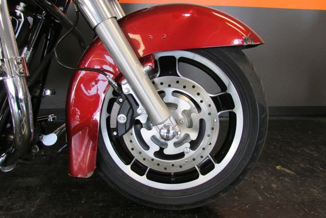 2009 Harley-Davidson Street Glide™ Base Arlington, Texas 7