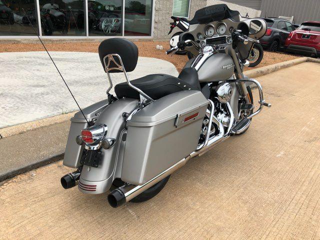 2009 Harley-Davidson Street Glide Base in McKinney, TX 75070