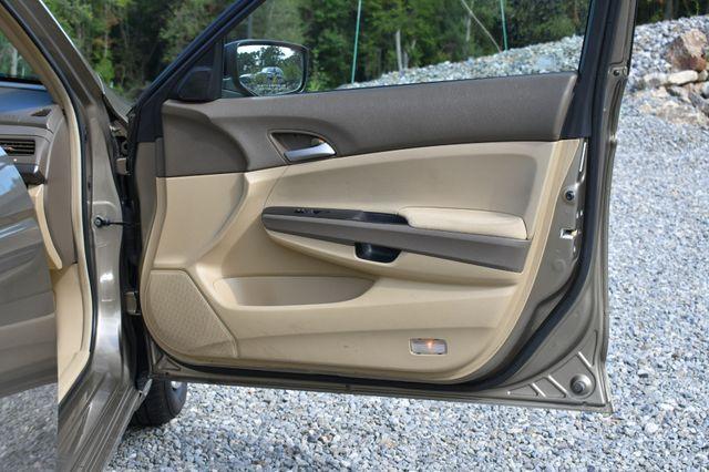 2009 Honda Accord LX Naugatuck, Connecticut 10