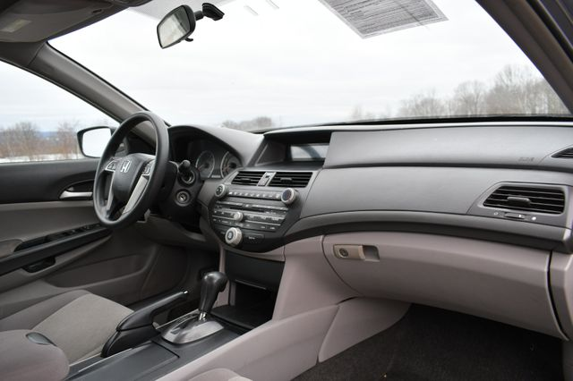 2009 Honda Accord LX Naugatuck, Connecticut 8