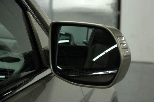 2009 Honda CR-V EX-L Navi 4WD Kensington, Maryland 11