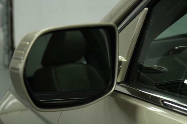 2009 Honda CR-V EX-L Navi 4WD Kensington, Maryland 12