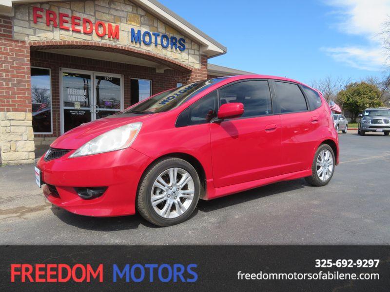 2009 Honda Fit Sport w/Navi | Abilene, Texas | Freedom Motors  in Abilene Texas