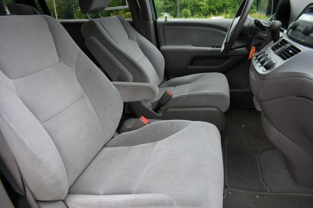 2009 Honda Odyssey LX Naugatuck, Connecticut 3