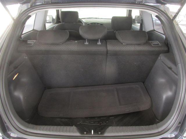 2009 Hyundai Accent Man GS Gardena, California 11