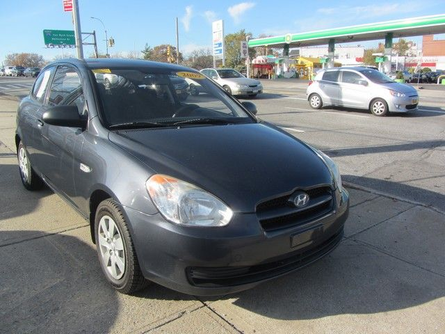 2009 Hyundai Accent Man GS Jamaica, New York