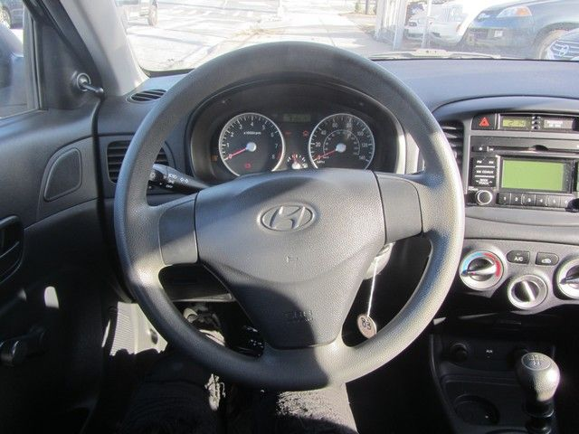 2009 Hyundai Accent Man GS Jamaica, New York 15