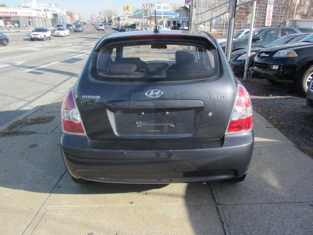 2009 Hyundai Accent Man GS Jamaica, New York 5