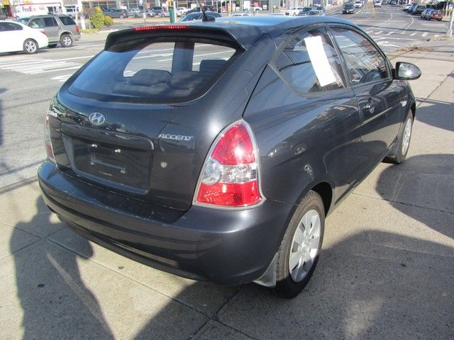 2009 Hyundai Accent Man GS Jamaica, New York 6
