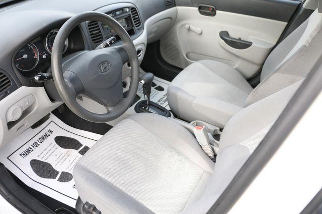 2009 Hyundai Accent Auto GLS Santa Clarita, CA 8