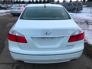 2009 Hyundai Genesis Farmington, MN 3