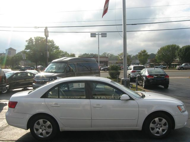 2009 Hyundai Sonata GLS Richmond, Virginia 4