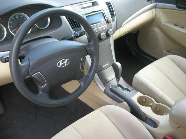 2009 Hyundai Sonata GLS Richmond, Virginia 8