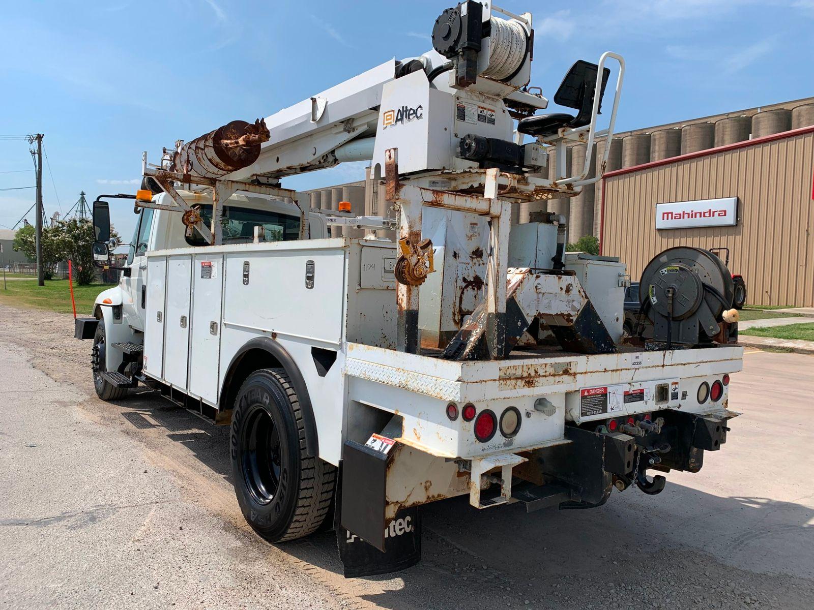 2009 International 4300 DIGGER DERRICK city TX North Texas Equipment