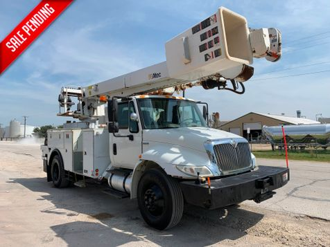 2009 International 4300 DIGGER DERRICK city TX North Texas