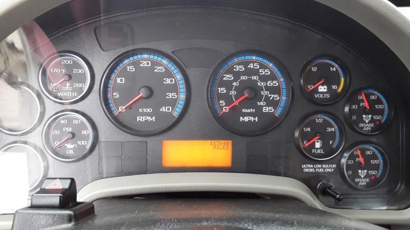 2009 International 7300 4WD LOW MILES DIESEL  DIGGER DERRICK  R 7300 DIGGER DERRICK MATERIAL HANDLER  4WD 7300  city TX  North Texas Equipment  in Fort Worth, TX