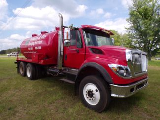 2009 International 7600 in Ravenna, MI 49451