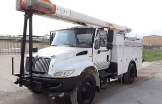 2009 International  4300 DT466 LOW MILES in Fort Worth, TX