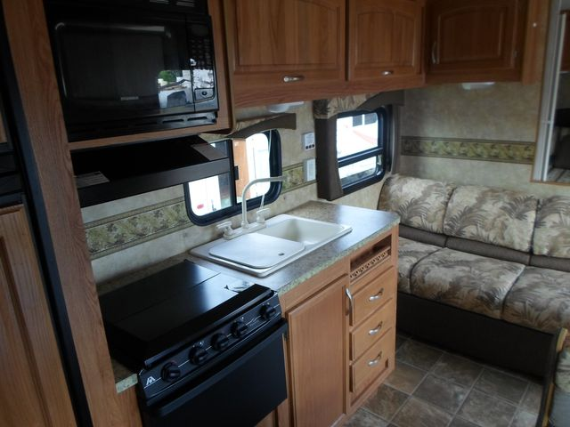 2009 Jayco Jay Flight G2 23B Salem, Oregon 9