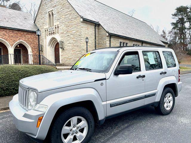 2009 Jeep-4x4!131k! 3 Owner! Liberty-BHPH Sport