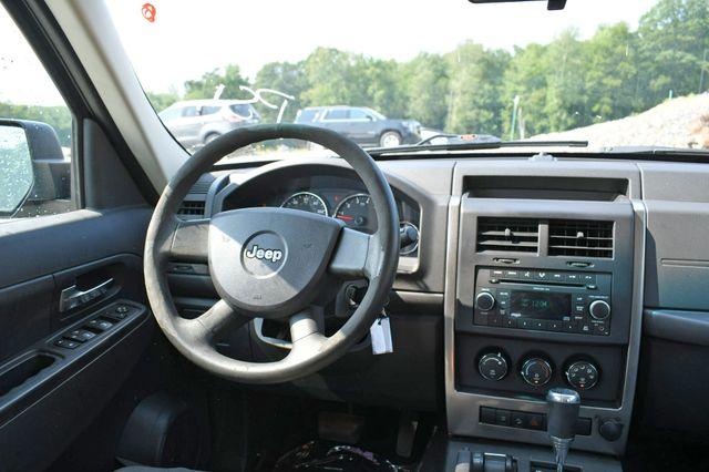 2009 Jeep Liberty Sport 4WD Naugatuck, Connecticut 18