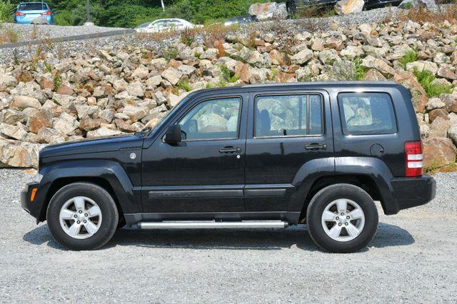 2009 Jeep Liberty Sport 4WD Naugatuck, Connecticut 3