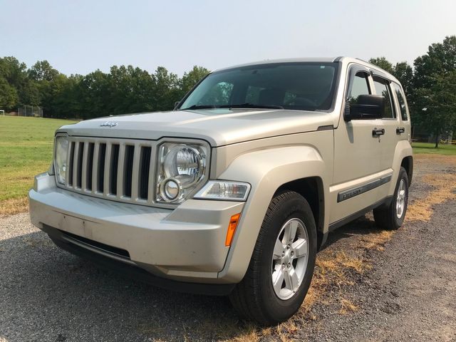 2009 Jeep Liberty Sport Ravenna, Ohio 0