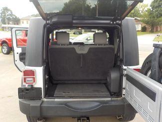 2009 Jeep Wrangler X Fayetteville , Arkansas 10