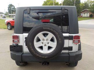 2009 Jeep Wrangler X Fayetteville , Arkansas 5