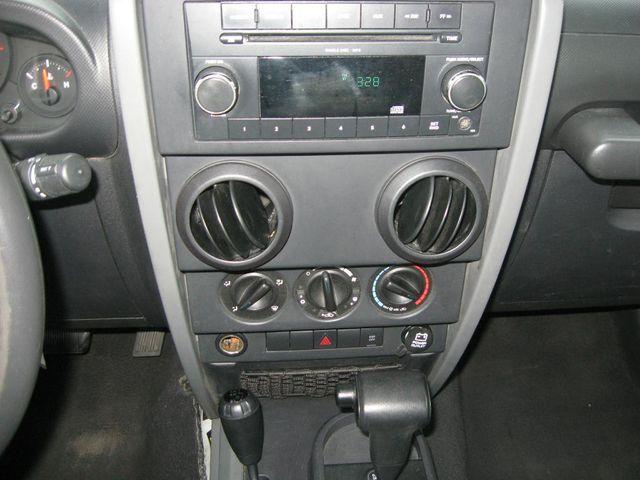 2009 Jeep Wrangler X 4X4 Richmond, Virginia 8