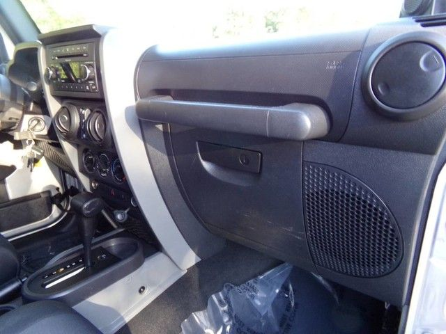 2009 Jeep Wrangler Unlimited X in Carrollton, TX 75006
