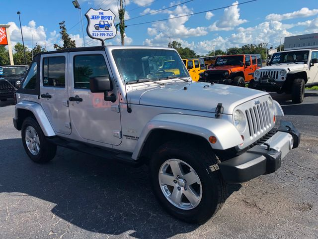 2009 Jeep Wrangler Unlimited Sahara Riverview, Florida 3