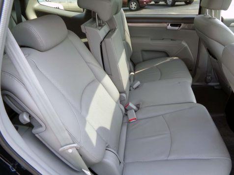 2009 Kia Borrego EX | Nashville, Tennessee | Auto Mart Used Cars Inc. in Nashville, Tennessee