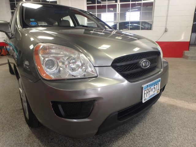 2009 Kia Rondo, Clean, Great Runner EXCELLENT, ECONOMICAL,  INEXPENSIVE TO OWN!~ Saint Louis Park, MN 15