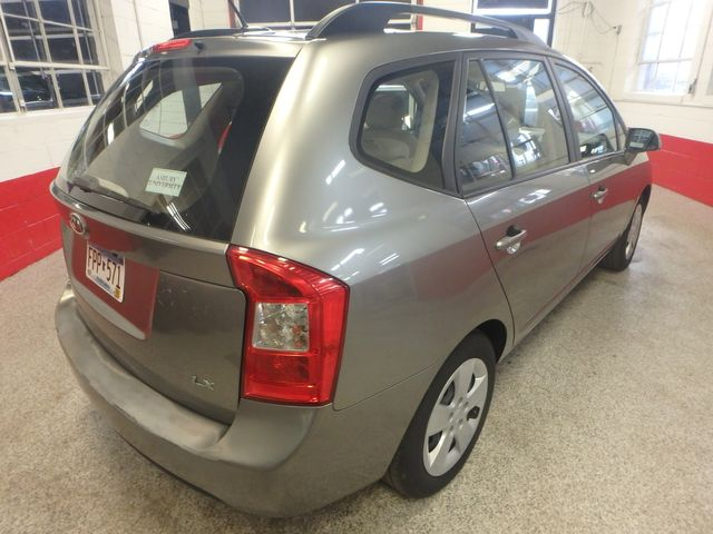 2009 Kia Rondo, Clean, Great Runner EXCELLENT, ECONOMICAL,  INEXPENSIVE TO OWN!~ Saint Louis Park, MN 12