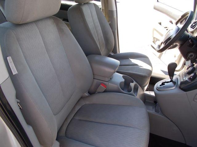 2009 Kia Rondo LX Shelbyville, TN 18